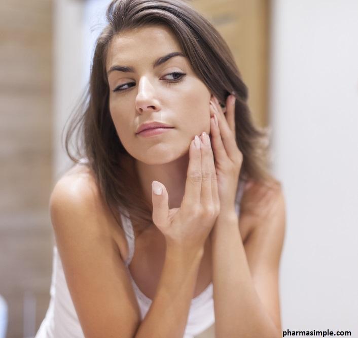 Une routine spécifique doit être adaptée à la peau grasse