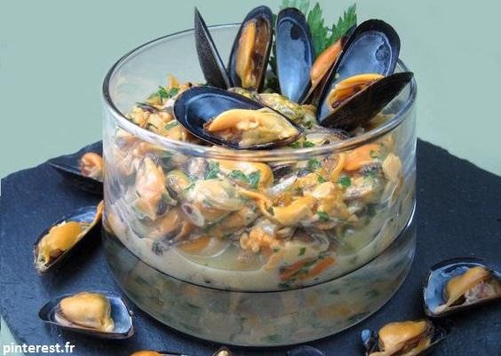 Les coquillages appartiennent à la famille des fruits de mer. Un excellent plat que vous pouvez manger l'été