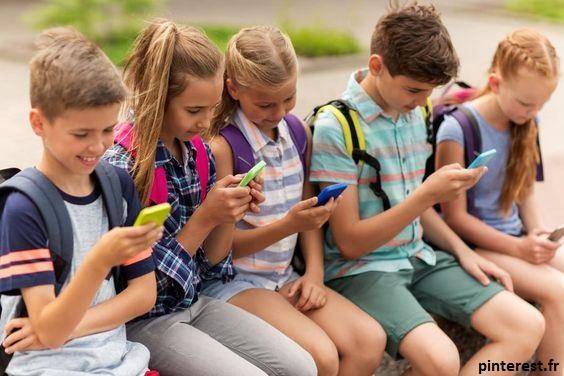 Les écrans à l'école doivent être utilisés de manière modérée