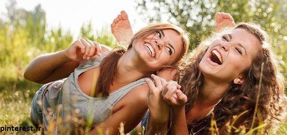 Essayez de vous entourer de personnes positives ! Et pas que pendant Mercure rétrograde